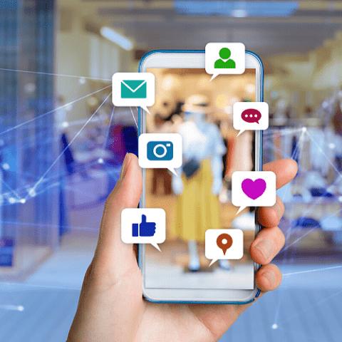 Redes sociales: Facebook, Instagram, Twitter