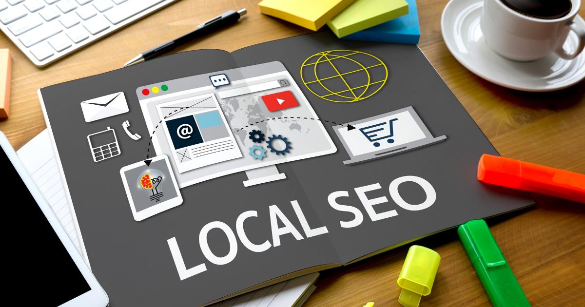 Otro aspecto importante de las SERP locales de Google Business es mostrar las clasificaciones de los sitios en función de su ubicación geográfica; dependiendo de dónde se encuentre, el motor de búsqueda le ofrecerá resultados completamente diferentes